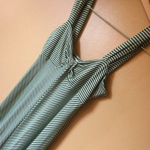 Max Studio Dresses - Max Studio Maxi Dress green Chevron stripe Sz M
